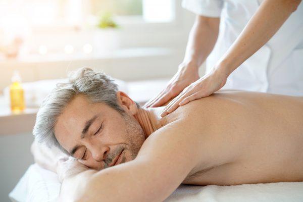 massage man schoonheidsinstituut het kleine genoegen